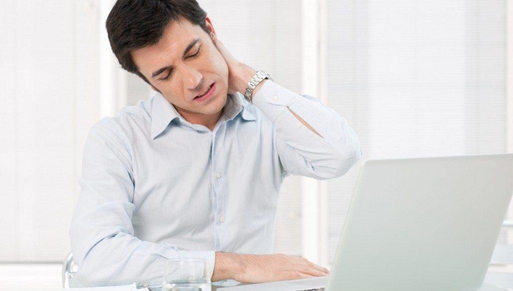 neck pain man office el paso tx