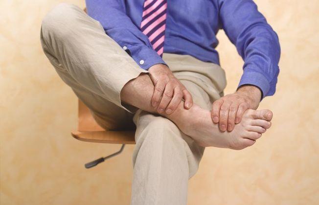 Снять острую боль при подагре в домашних условиях