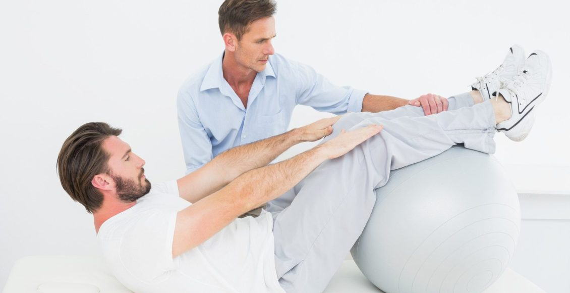 el paso chiropractor patient swiss ball therapy