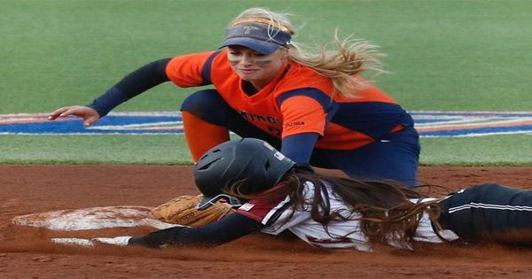 blog picture of woman's college softball