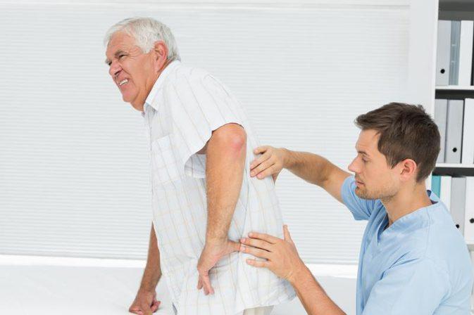 Medicina funzionale VS Medicina tradizionale per dolore cronico Chiropratico centrale