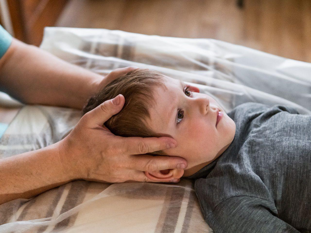 11860 Vista del Sol, Ste. 128 La meningitis espinal puede afectar la columna vertebral: qué saber